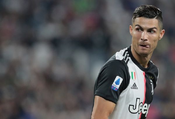 Cristiano Ronaldo of Juventus looks on during the Serie A match between Juventus and Hellas Verona at Allianz Stadium on September 21, 2019 in Turin, Italy. PHOTO/ GETTY IMAGES