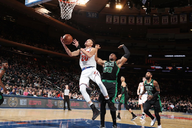 Kevin Knox #20 of the New York Knicks shoots the ball against the Boston Celtics on February 1, 2019 at Madison Square Garden in New York City, New York. PHOTO/GETTY IMAGES
