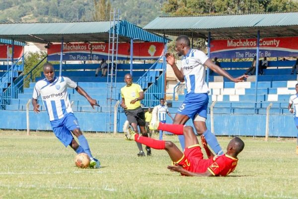 AFC Leopards in action against Mt. Kenya FC (red) in the 2018/19 SportPesa Premier League. PHOTO/File