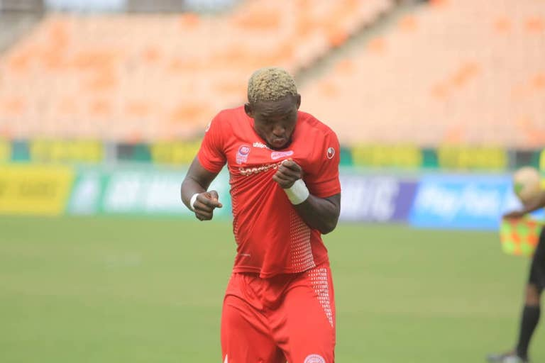 BLOWING HOT: Simba SC player Zana Coulibaly celebrates scoring his penalty in the 2019 SportPesa Cup third-place playoff at the National Main Stadium, Dar-es-Salaam on January 27, 2019. PHOTO/SPN