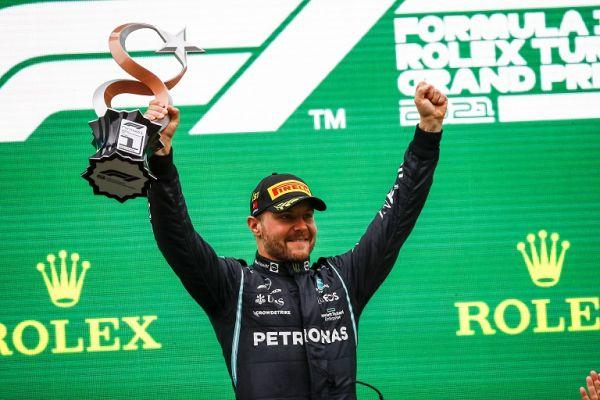 BOTTAS Valtteri (fin), Mercedes AMG F1 GP W12 E Performance, portrait, podium during the Formula 1 Rolex Turkish Grand Prix 2021, 16th round of the 2021 FIA Formula One World Championship. PHOTO   Alamy