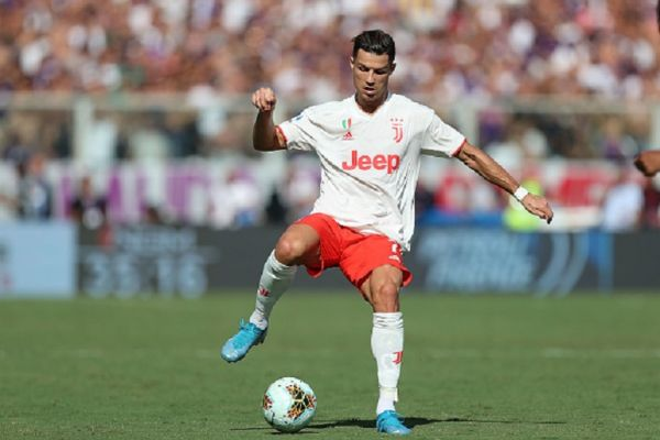Cristiano Ronaldo of Juventus in action during the Serie A match between ACF Fiorentina and Juventus at Stadio Artemio Franchi on September 14, 2019 in Florence, Italy.PHOTO/ GETTY IMAGES