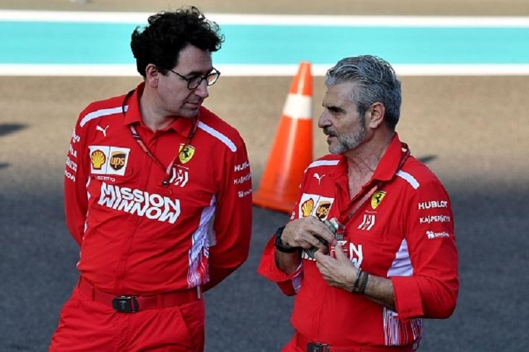Ferrari Team Principal Maurizio Arrivabene (R) talks to Ferrari technical director Mattia Binotto ahead of the Abu Dhabi Formula One Grand Prix at the Yas Marina circuit on November 22, 2018. PHOTO/GettyImages