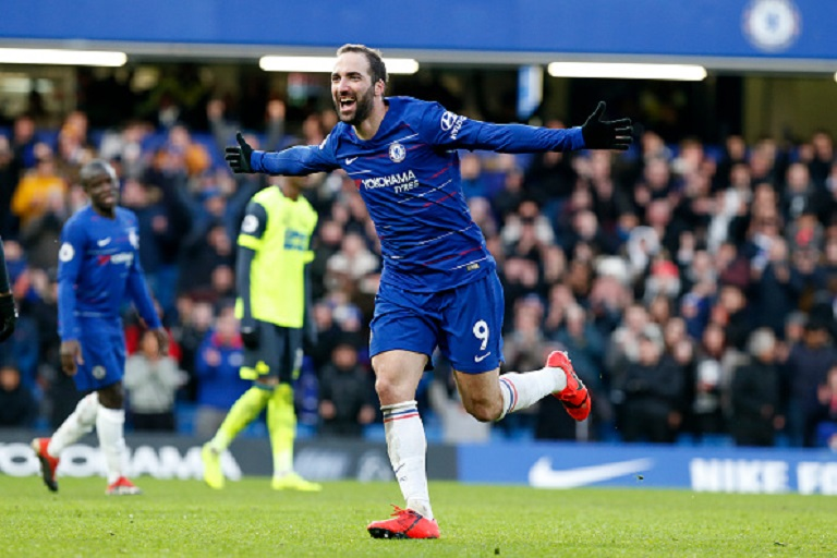 Gonzalo Higuaín of Chelsea celebrates scoring his second goal during the Premier League match between Chelsea FC and Huddersfield Town at Stamford Bridge on February 02, 2019 in London, United Kingdom. PHOTO/GettyImages