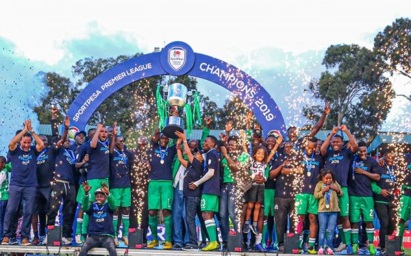 Gor Mahia FC celebrate after being handed the 2018/19 SportPesa Premier League (SPL) trophy after a 1-1 draw against Posta Rangers FC at the Kenyatta Stadium in Machakos on Saturday, May 25, 2019. PHOTO | DUNCAN SIRMA | SPN