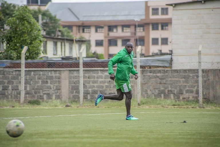 Gor Mahia FC striker, Dennis Oliech, trains at Camp Toyoyo, Nairobi on the eve of their SportPesa Premier League clash against Mathare United FC on Saturday, January 5, 2019. PHOTO/Duncan Sirma/SPN