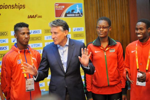 IAAF President, Lord Sebastian Coe speaks to athletes during the 2017 World Under 17 Championships in Nairobi. PHOTO/File