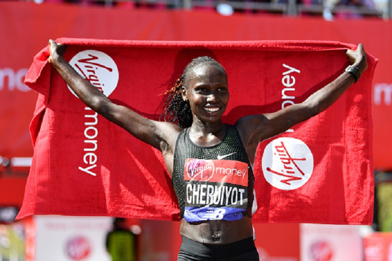 ivian Cheruiyot of Kenya celebrates after winning the women's race during the Virgin Money London Marathon at United Kingdom on April 22, 2018 in London, England.PHOTO/GETTY IMAGES