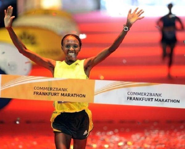 Kenya's Agnes Kiprop wins the women's marathon on October 25, 2009 in Frankfurt/Main, western Germany. PHOTO/ GETTY IMAGES