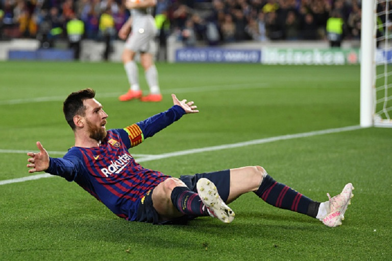 Lionel Messi of Barcelona celebrates after he scores his sides third goal during the UEFA Champions League Semi Final first leg match between Barcelona and Liverpool at the Nou Camp on May 01, 2019 in Barcelona, Spain.PHOTO/ GETTY IMAGES