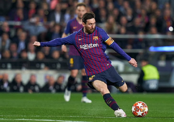 Lionel Messi of Barcelona scores his team's first goal during the UEFA Champions League Quarter Final second leg match between FC Barcelona and Manchester United at Camp Nou on April 16, 2019 in Barcelona, Spain.PHOTO/ GETTY IMAGES