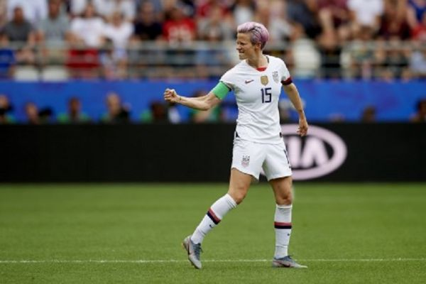 Megan Rapinoe (Reign FC) of United States celebrates after scoring her sides first goal during the 2019 FIFA Women's World Cup France Round Of 16 match between Spain and USA at Stade Auguste Delaune on June 24, 2019 in Reims, France. PHOTO/ AFP