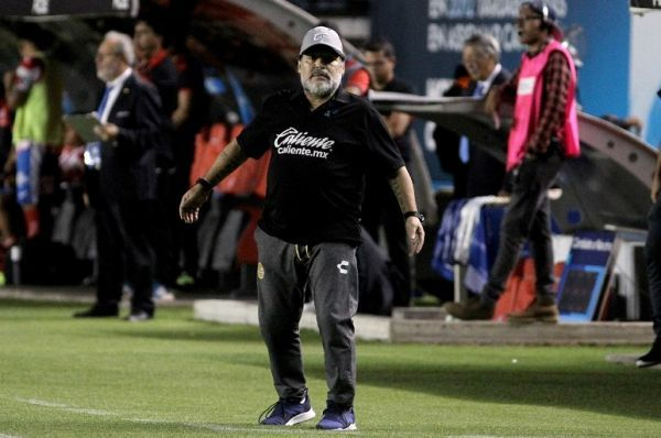 Mexican second division football team Dorados head coach Diego Armando Maradona gestures during their second leg match of the Mexican second-division finals, at the Alfonso Lastras Ramirez stadium in San Luis Potosi, Mexico, on May 5, 2019. PHOTO/AFP