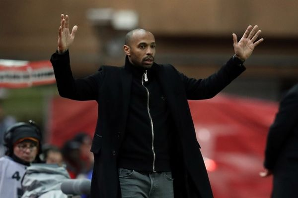 """Monaco's French coach Thierry Henry gestures during the French League Cup quarter final football match between AS Monaco and Stade Rennais Football Club at the """"Louis II"""" stadium in Monaco on January 9, 2019. PHOTO 
