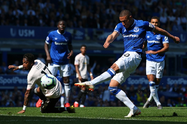 Richarlison of Everton misses a chance during the Premier League match between Everton FC and Manchester United at Goodison Park on April 21, 2019 in Liverpool, United Kingdom.PHOTO/ GETTY IMAGES