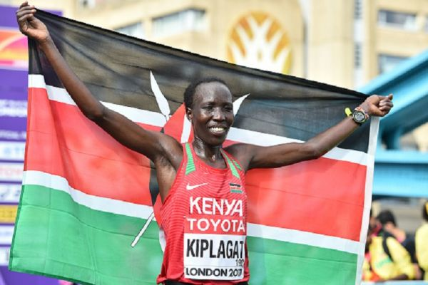 Silver medallist Kenya's Edna Ngeringwony Kiplagat poses after the women's marathon athletics event at the 2017 IAAF World Championships in central London on August 6, 2017.PHOTO/ GETTY IMAGES