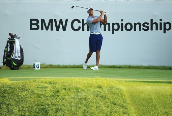 Tiger Woods of the USA in action during practice for the BMW Championship at Medinah Country Club on August 13, 2019 in Medinah, Illinois. PHOTO/ GETTY IMAGES