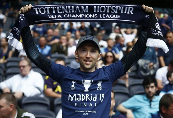 Tottenham Hotspur Fans during English Premier League between Tottenham Hotspur and Everton at Tottenham Hotspur Stadium , London, UK on 12 May 2019. PHOTO/AFP