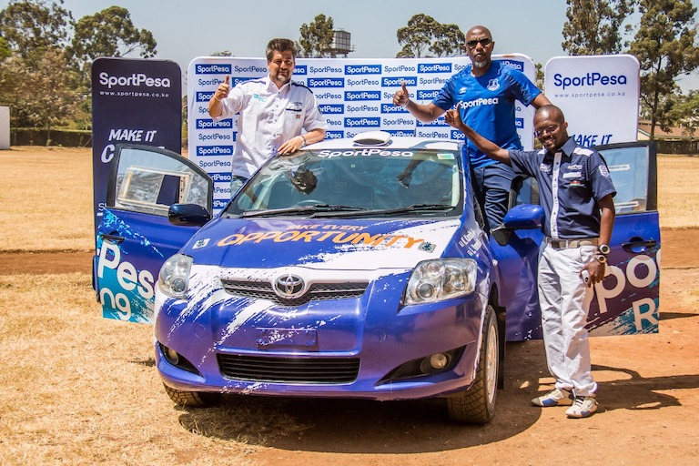 Two-time Formula 2 champion, Leonardo Varese (left), SportPesa Chief Marketing Officer, Kelvin Twissa and navigator Kigondu Kareithi (right) during the unveiling of the SportPesa Racing Team car at Impala Grounds, Nairobi on February 27, 2019. PHOTO/Brian Kinyanjui/SPN