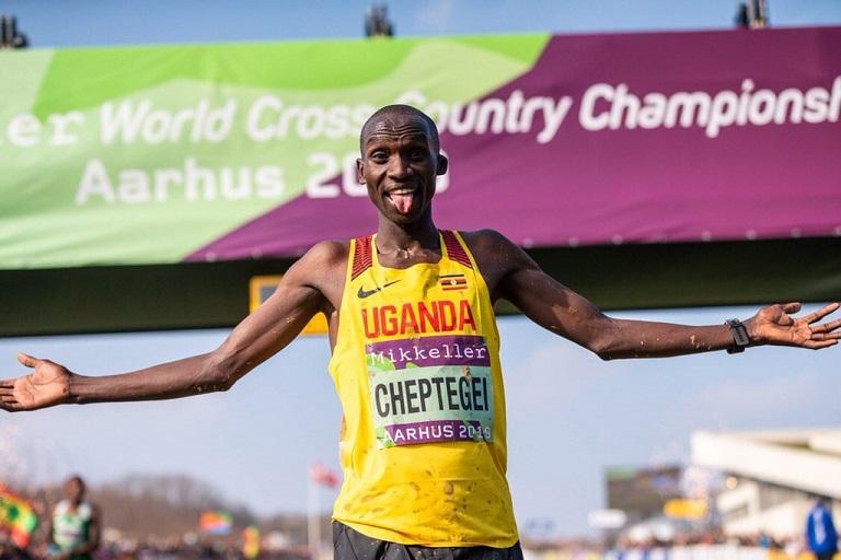 Uganda's Joshua Cheptengei celebrates winning the senior men 10km race at Aarhus 2019 IAAF World Cross Country Championships on Saturday, March 30, 2019. PHOTO/IAAF