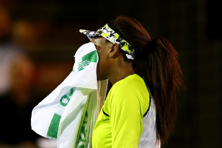 Venus Williams of USA reacts after losing a game during her quarter final match against Bianca Andreescu of Canada on January 04, 2019 in Auckland, New Zealand.PHOTO/GETTY IMAGES