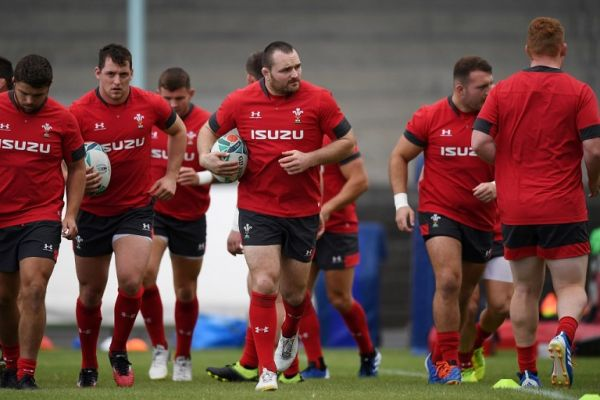 Wales' hooker Ken Owens (C) and teammates attend a training session at Noguchibaru General Sportsground in the Japanese southern city of Beppu on October 15, 2019, during the Japan 2019 Rugby World Cup. PHOTO | AFP