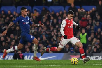 Ten-Man Arsenal Fight Back To Hold Chelsea In Four-Goal Thriller