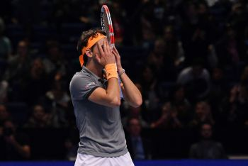 Dominic Thiem Breezes Past Zverev To Set Up Tsitsipas Final In London