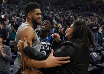 Timberwolves Star Karl-Anthony Towns Mother Dies After Contracting COVID-19