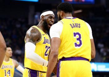 LeBron, Davis Shine As Lakers Thrash Warriors In Pre Season Opener