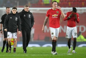 Dismal Man United Lose At Home To Burnley, Spurs Boost Top Four Bid