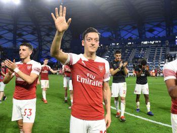 Tetesi: Mesut Ozil Amesema Kuwa Hana Mpango Wa Kuondoka Arsenal