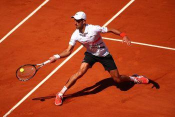 ATP: Djokovic Aanza Kwa Ushindi Wakati Federer Akitepeta Mbele Ya Thiem