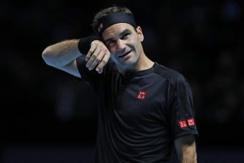 Federer Facing Early ATP Finals Exit As Djokovic Outclasses Berrettini
