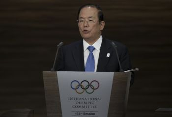Tokyo 2020 Olympics Chief Extremely Worried About Deadly Coronavirus